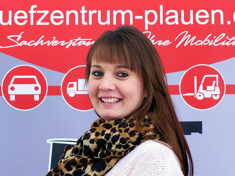 Julia Peterhänsel Account-Managerin, Qualitätsmanagement